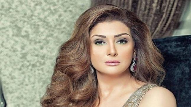 غادة عبد الرازق تحصل على جائزة أفضل ممثلة عربية في مهرجان أوسكار العرب