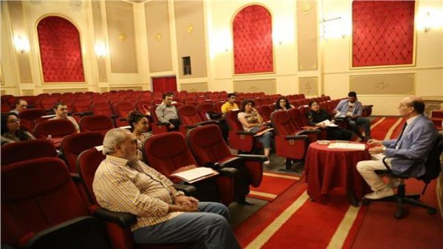 محمد صبحي يستكمل تصوير بروفات مسرحيته بعنوان نجوم الضهر
