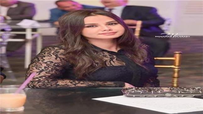 """بعد دورها في """"شقة فيصل"""" مهرجان الحياة للدراما يُكرم منة عرفة"""