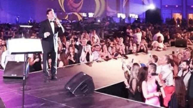 هاني شاكر يتألق في أولى حفلاته بأمريكا