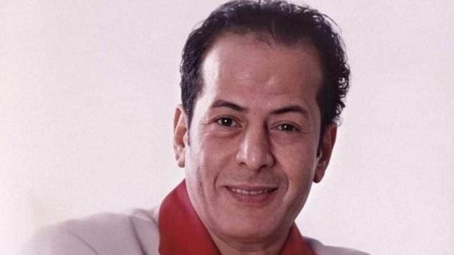 عادل الفار: فيفي عبده ضربتني بسبب مونولوج .. وعادل إمام حماني من أذاها