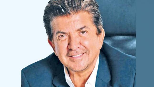 وليد توفيق: سأطرح أغنية قريبة .. وأتمنى نهاية أزمة كورونا وزيارة مصر